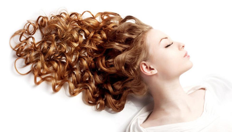REGENERACJA włosów podczas koloryzacji- teraz 50 zł