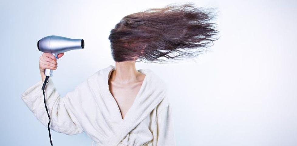 Laminacja ratunek dla włosów